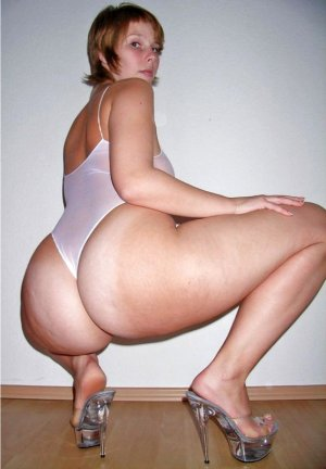 Louange incall escorts Foley, AL