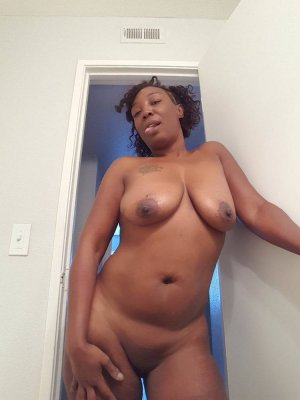 Sharifa incall escorts Evanston, WY