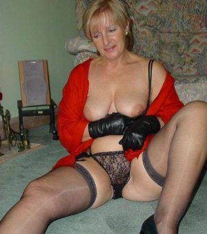 Meena incall swinging clubs in Canby