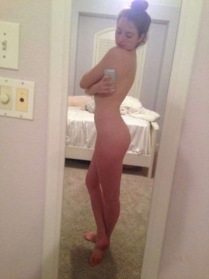 Lillou gfe escorts Woodbury
